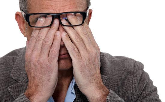 Что делать, если от сварки болят глаза?