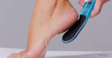 Как лечить трещины на пяткахв домашних условиях?