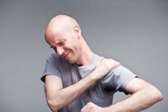 Почему развивается артроз плечевого сустава?