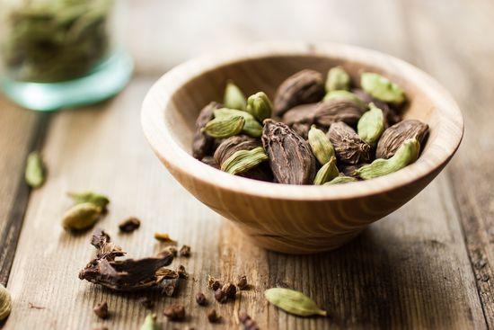 Полезные свойства кардамона для женщин и мужчин