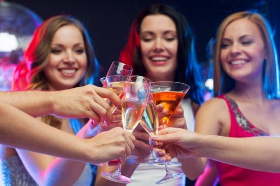алкоголь никак влияет на фигуру