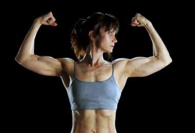 Повышенный тестостерон у женщин: причины, проявления, лечение