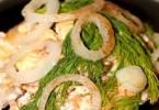 Салат «Жар-птица» с курицей и опятами: рецепты