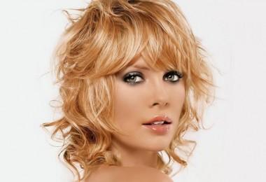 стрижка рапсодия на средние волосы