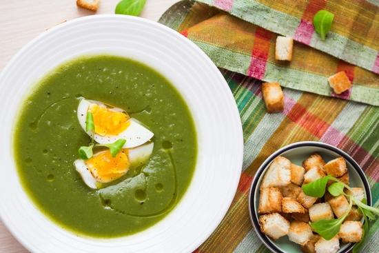 суп из шпината замороженного с яйцом