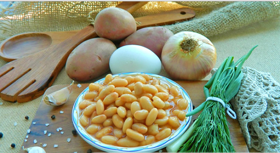 Картошку чистим и шинкуем кубиками