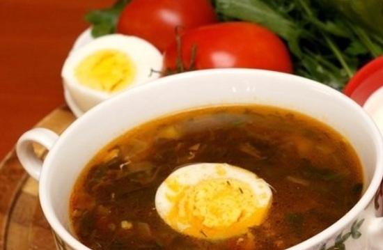 зеленый суп со щавелем и яйцом по этому рецепту