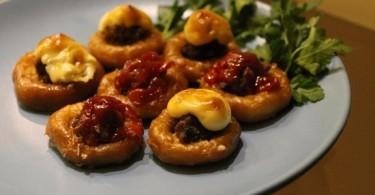 Сушки с фаршем в духовке, на сковороде и в мультиварке: рецепты
