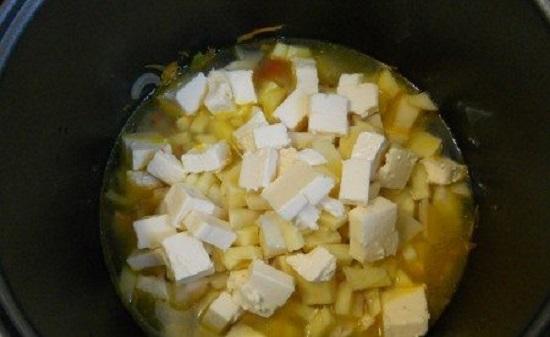 за 10 минут до окончания программы добавляем сыр