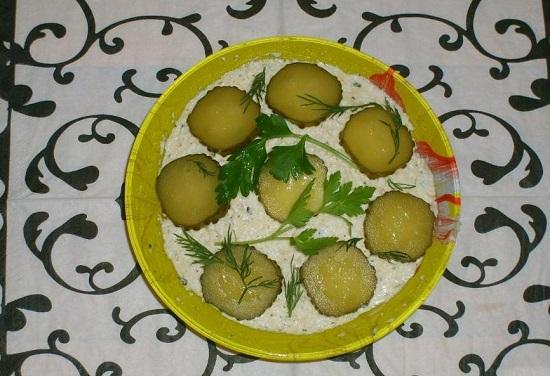 как приготовить салат «Еврейский» с сыром