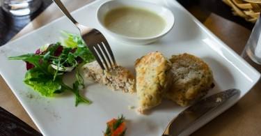 Как приготовить навагу вкусно в духовке, на сковороде?