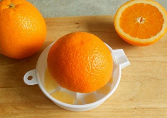 Из апельсинов отожмем сок