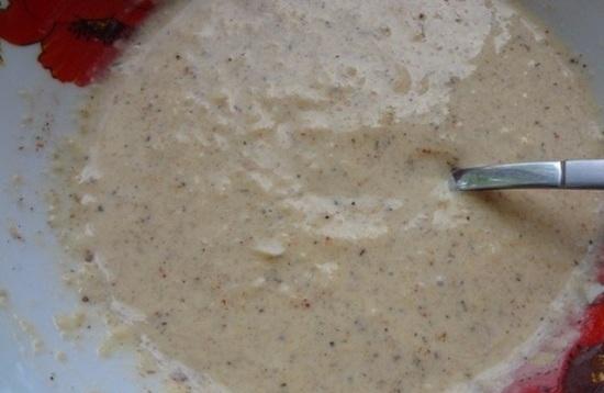 Размешиваем соус до однородной консистенции