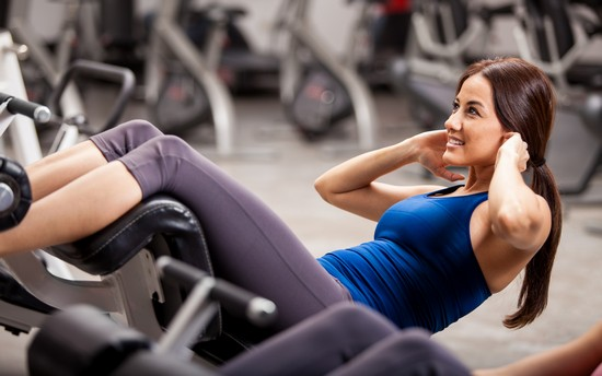 Круговая тренировка для девушек: упражнения