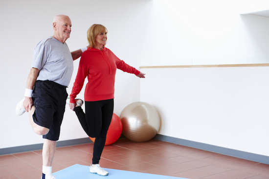 Упражнения для коленных суставов в домашних условиях