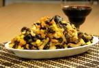 Салат из древесных грибов (по-корейски, с мясом, фунчозой, огурцом)