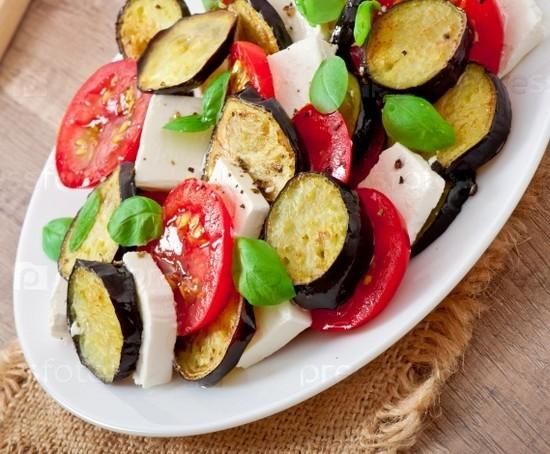 какой салат с брынзой приготовить