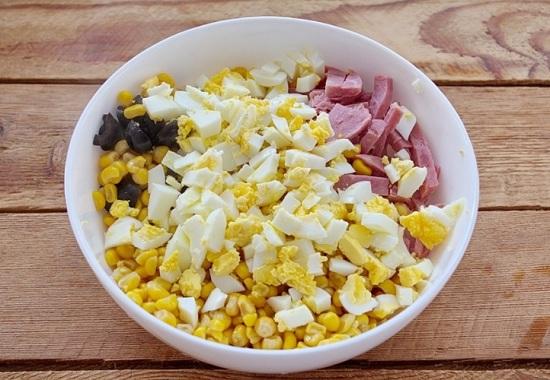 С кукурузы сливаем сок