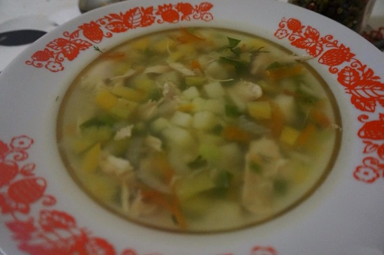 Куриный суп с зеленым луком