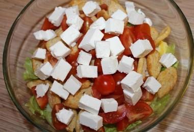 Салат с фетаксой: рецепты простые и вкусные
