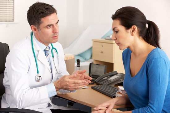 Трещина заднего прохода: симптомы и лечение