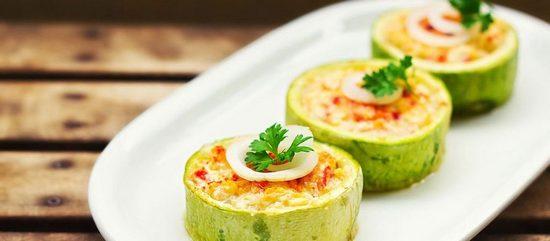 Кабачки с яйцами в духовке: рецепт