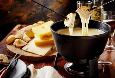 Сырное фондю: рецепты