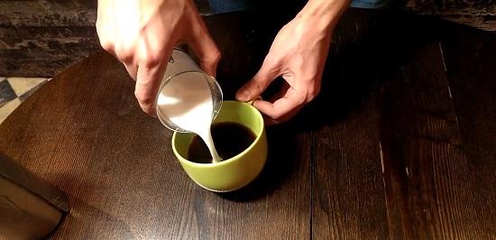 молочную смесь в кофе