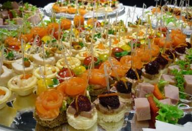 Вкусный праздничный стол