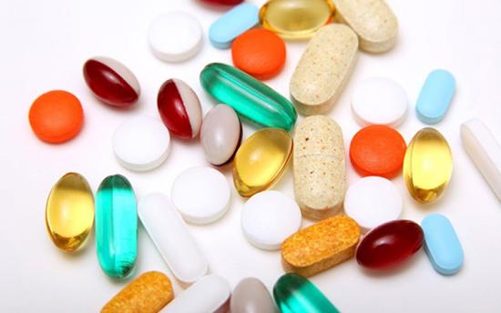 Какие витамины принимать при климаксе?
