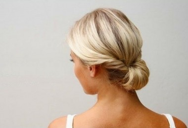 Как собрать средние волосы красиво?