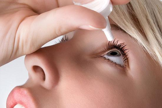 Как правильно и какие капли от сухости глаз выбрать?