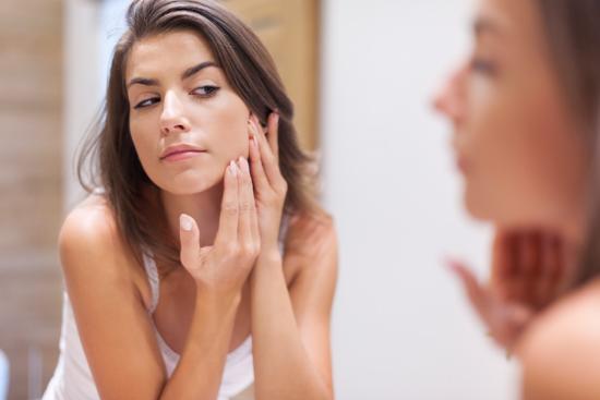 Как нужно ухаживать за проблемной кожей лица?