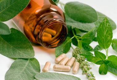 Возможно ли лечение климакса народными средствами?