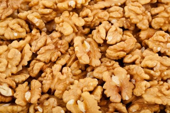 Какая польза от употребления грецких орехов?