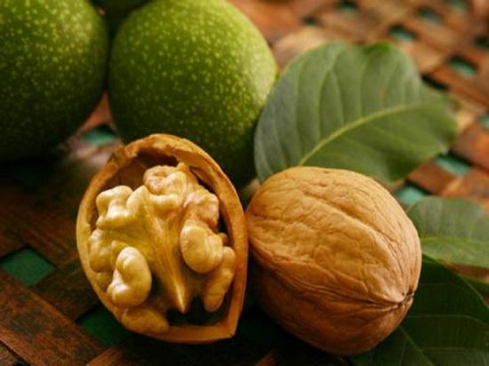 Варенье из грецких орехов: возможная польза и противопоказания