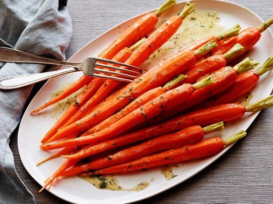 Какие полезные вещества есть в моркови?