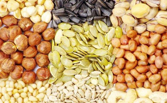 Орехи для питания кожи изнутри