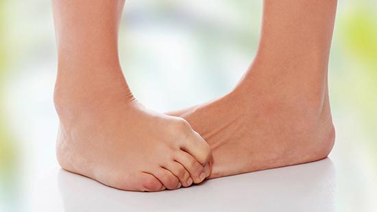 Ревматизм стопы: симптомы