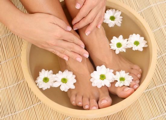 Как лечить в домашних условиях грибок ногтей?