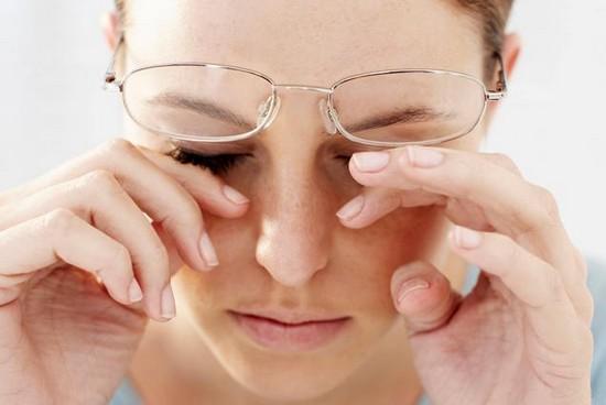 Как избежать синдрома сухого глаза