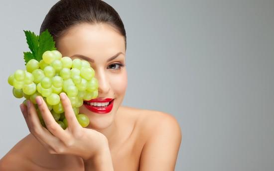 Зачем нашей коже нужны маски из винограда