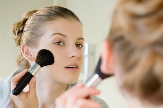 Средства для макияжа проблемной кожи лица