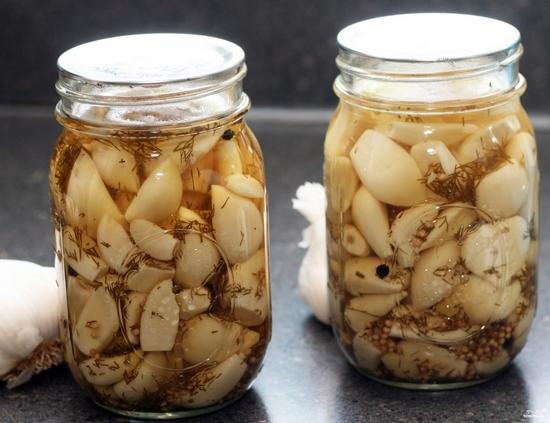 Как меняется энергетическая ценность свежего чеснока при кулинарной обработке?