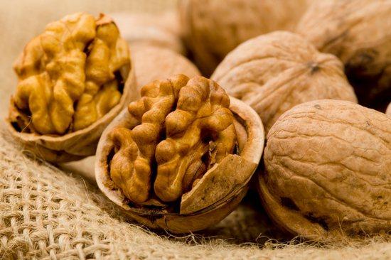 Почему может быть вреден грецкий орех?
