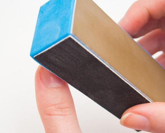 Отполировываем поверхность ногтя