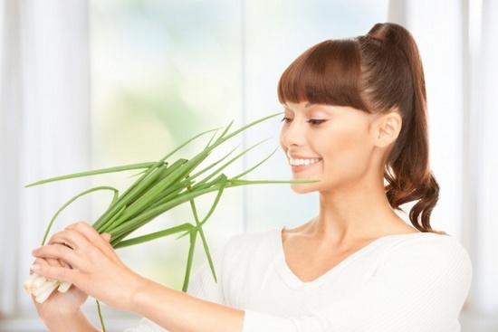 Польза зеленого лука для похудения и здоровья