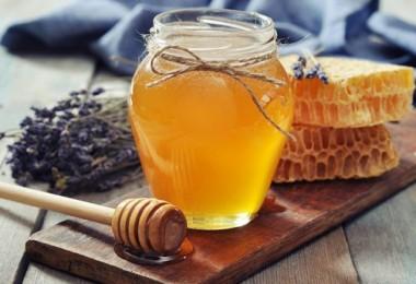 Калорийность меда – 100 грамм, 1 чайной, столовой ложки