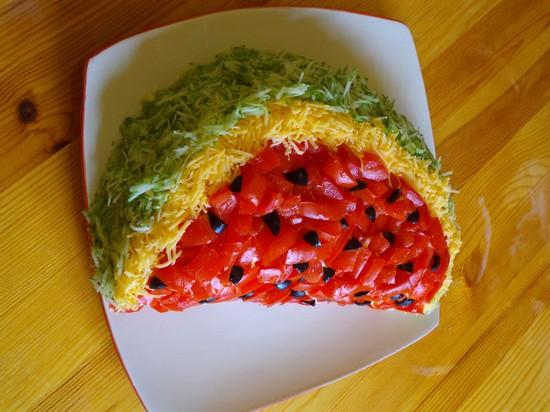 Как приготовить салат «Арбузная долька»