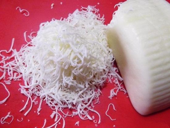 Сыр твердого сорта трем